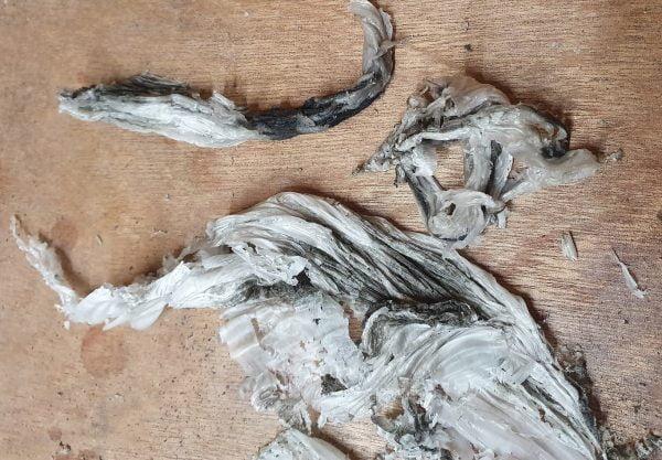Voorbeeld van Hot Scrape waarbij het vuil uit de base is getrokken